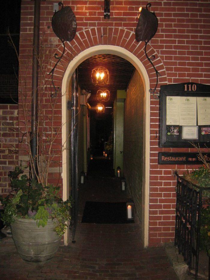 6. Restaurant Eve (Alexandria)