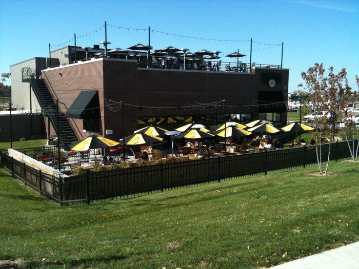 6. Wellman's Pub and Rooftop