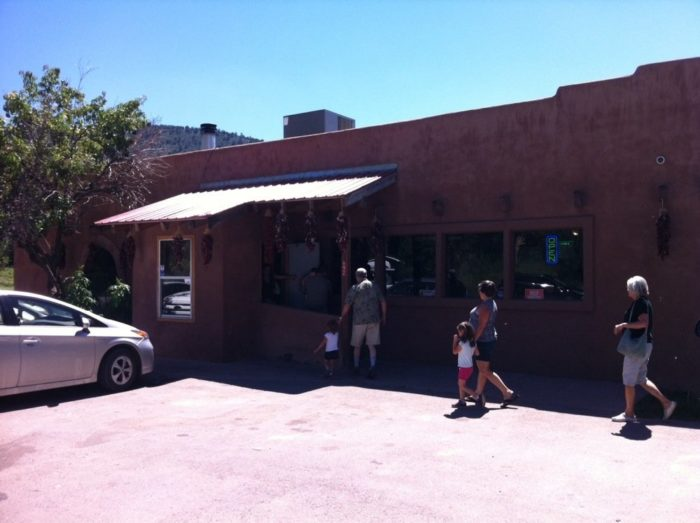 2. Old Road Restaurant, 692 Old Road, Mescalero