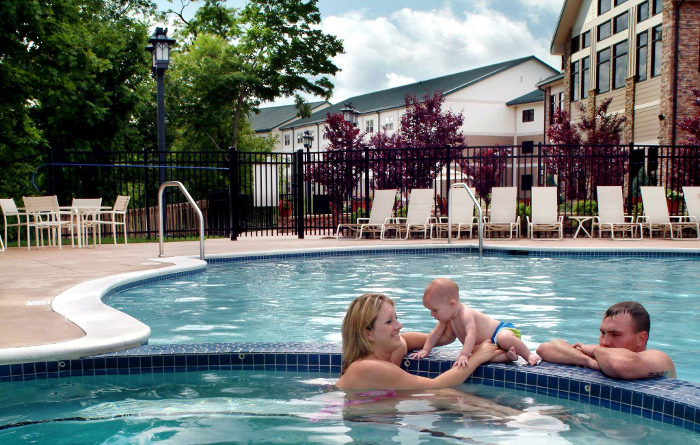For overnight guests, there's a pool and a hot tub.