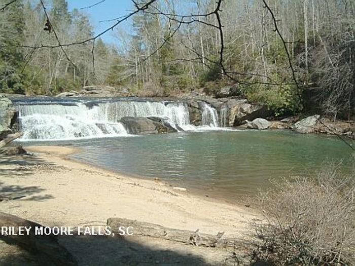 6 Waterfall Swimming Holes In South Carolina
