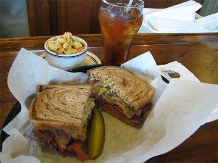11 Best Sandwich Restaurants In Nebraska