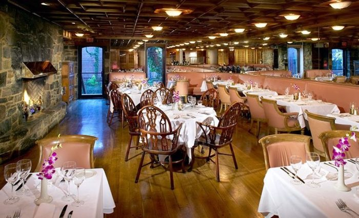 10. Sea Catch Restaurant