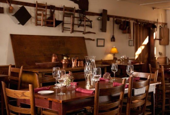 The Oldest Restaurant In Ohio The Golden Lamb