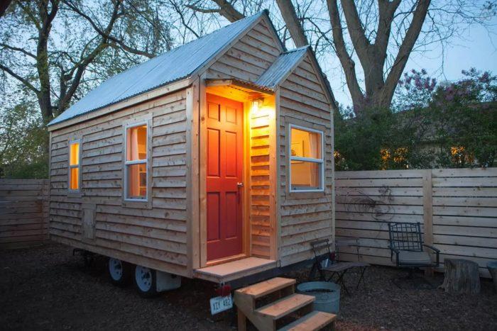 7. The Smallest House in Omaha - Gretna, NE