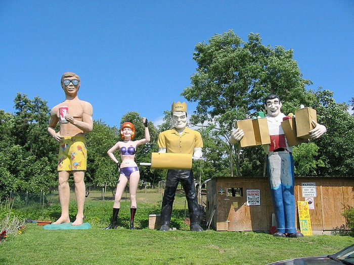 9 Bizarre Roadside Attractions In West Virginia