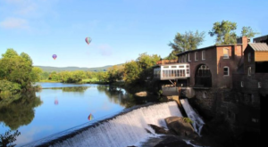 This One Unique Restaurant In Vermont Will Give You An Unforgettable Experience