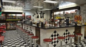 This Old-Fashioned Soda Fountain In Nevada Will Transport You Back In Time