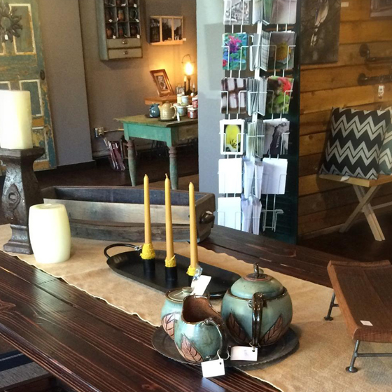 Eclectic shops, including a half a dozen antiques shops, decorate downtown Bedford. Visit the unique specialty shops, such as Bluefield's Herbery and 1758 Co., to find the perfect gifts to take back home.
