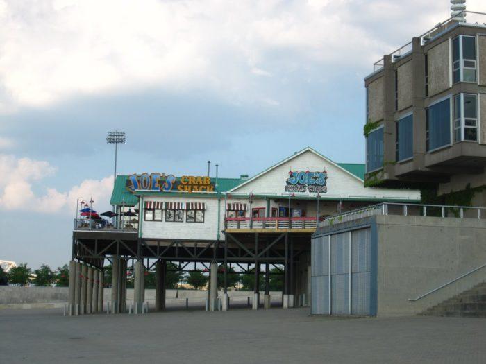 10. Joe's Crab Shack, Louisville