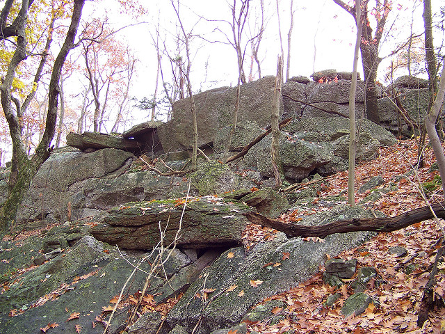 Remnants of campgrounds may be visible around the base of the Boxcar Rocks. Be forewarned, however, that camping is prohibited in this area.