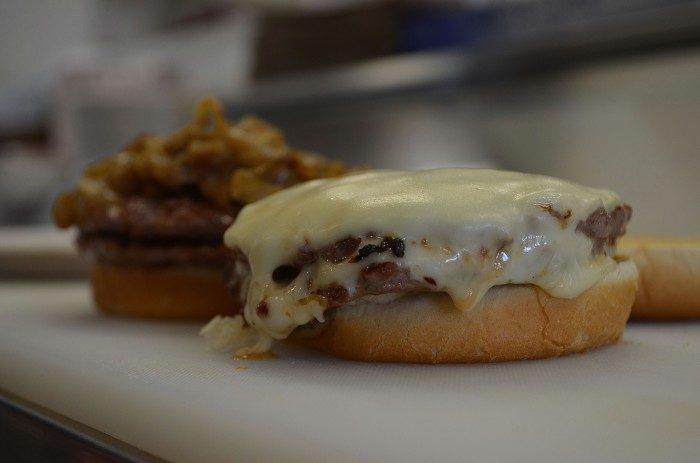 6. Cheeseburger (White Hut, West Springfield)