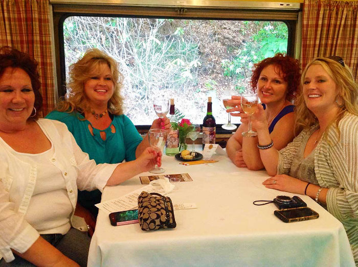 Occasionally the train also has wine tasting events.