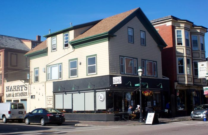 6. Harry's On The Hill, Providence