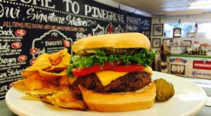 This Ultimate Burger Bucket List In Florida Will Make Your Mouth Water