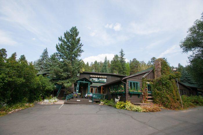7. Highland Haven Creekside Inn