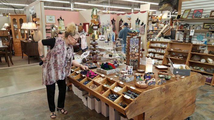 7. Hartville Marketplace and Flea Market