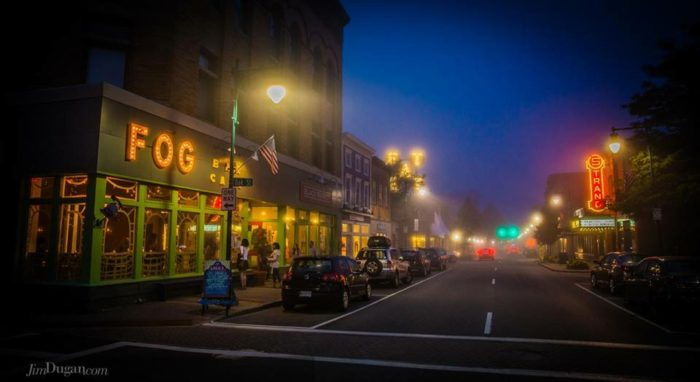 7. Fog Bar & Cafe, Rockland