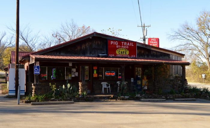 5. Pig Trail Bypass Country Café (Elkins)