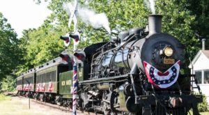 This Train In Connecticut Is Actually A Restaurant And You Need To Visit
