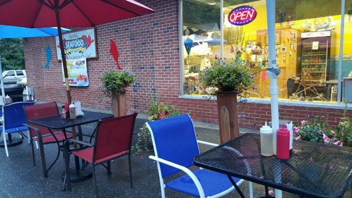 4. Simply Seafood And More (Torrington)