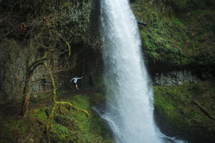 Walk Behind Waterfalls On This Oregon S Trail Of Ten Falls
