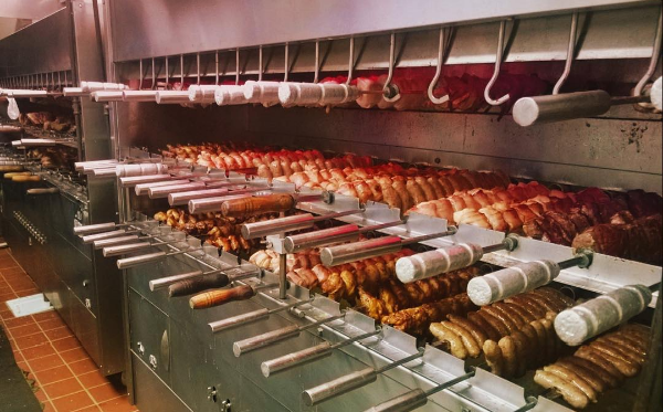 Slow-cooked with love and care, Estância Churrascaria serves 15 different varieties of meat.
