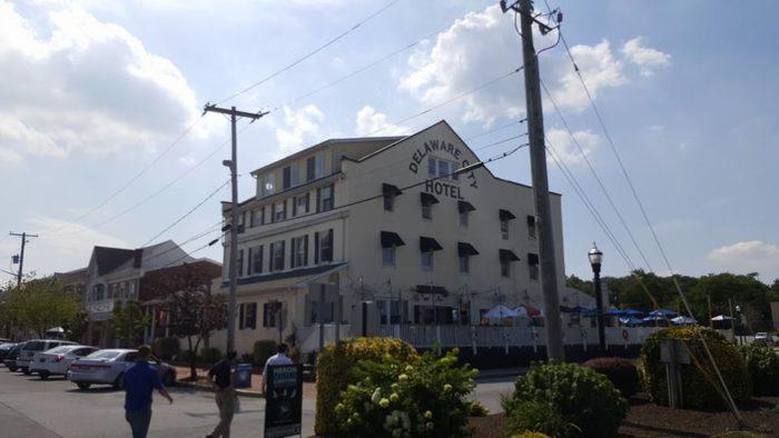 13. Delaware City Hotel, Delaware City