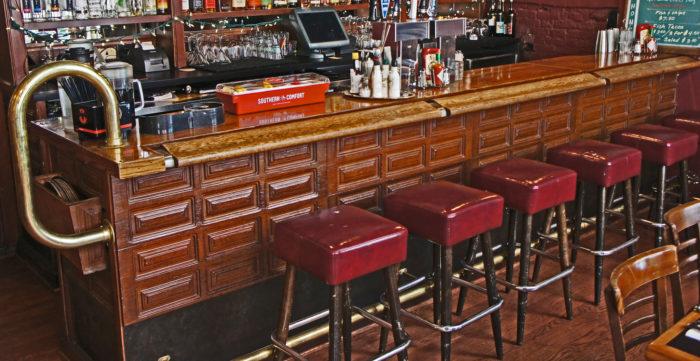 6. Dan & Louis Oyster Bar