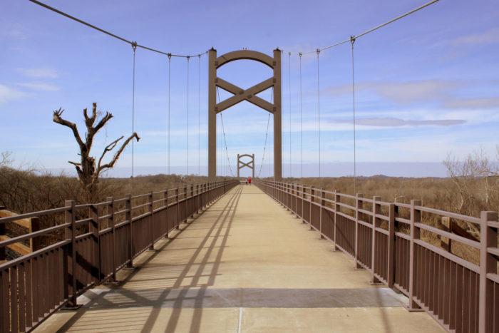 4. Cumberland River Pedestrian Bridge