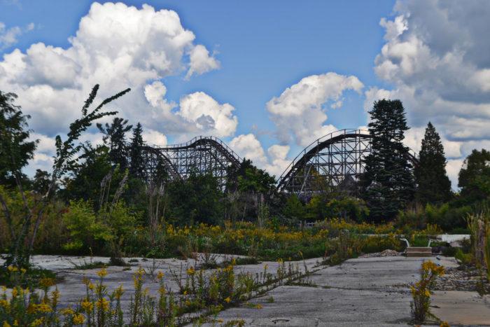 2. Geauga Lake Amusement Park
