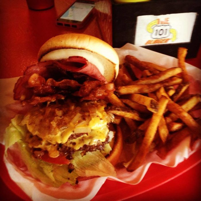 1. Highway 101 Burger, Lincoln City