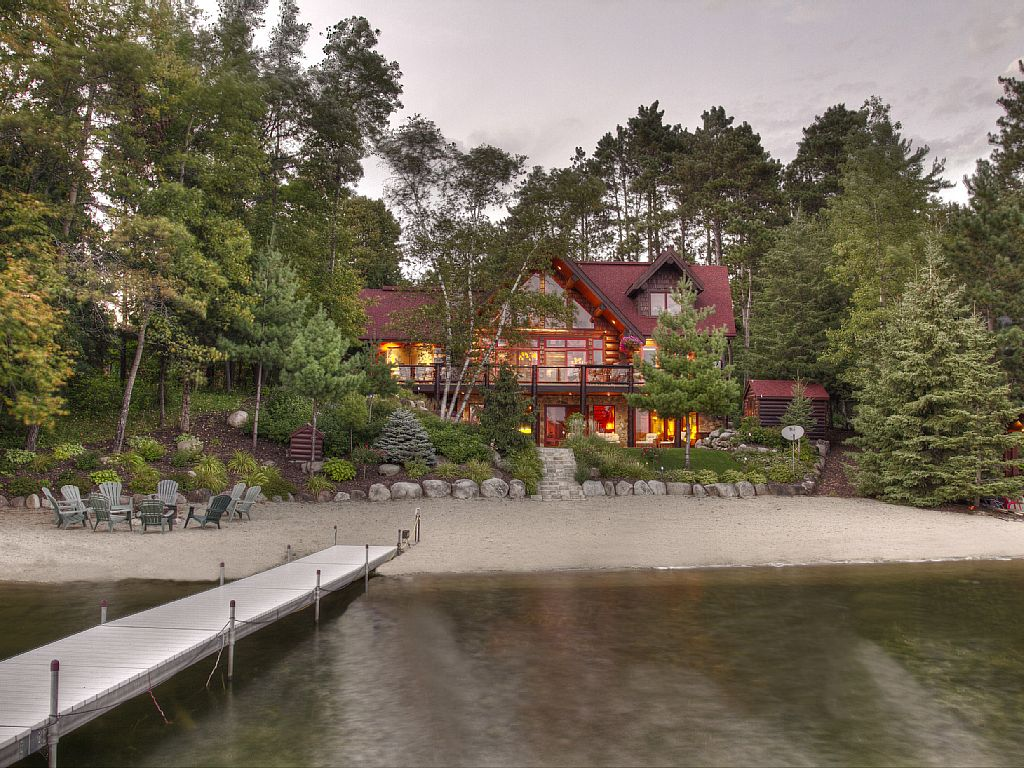 11 Lakefront Cabins In Minnesota Perfect For A Weekend Getaway