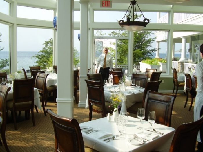 This Michigan Restaurant Will Help You Escape From It All Glen Arbor