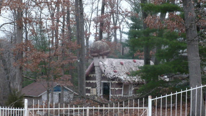 The park closed in the 1990s and remained abandoned for several years. Urban explorers began trespassing onto the property to capture footage of the dilapidated and somewhat eerie remains.