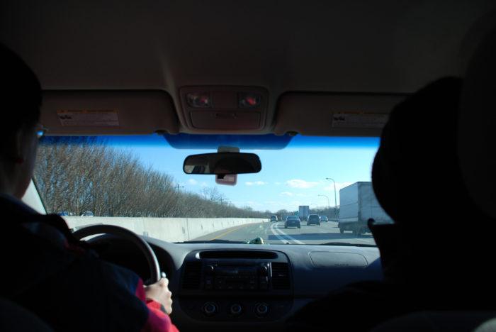 4. Follow the rules of the carpool lane.
