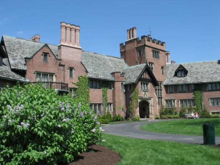 3. Stan Hywet Hall and Gardens (Akron)