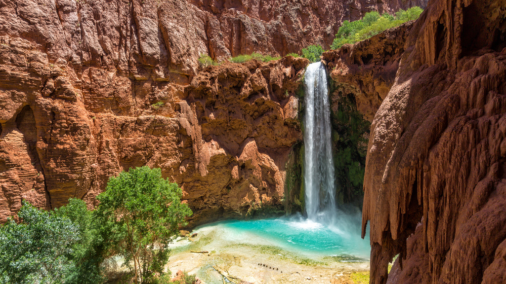 8 Waterfalls To Hike To In The Grand Canyon
