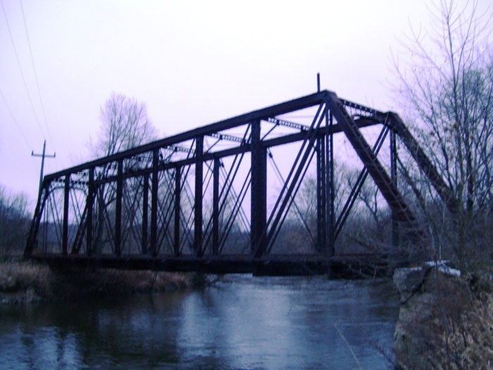 2. Jaite Railroad Bridge (Jaite)