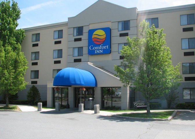 5.  Comfort Inn, White River Junction