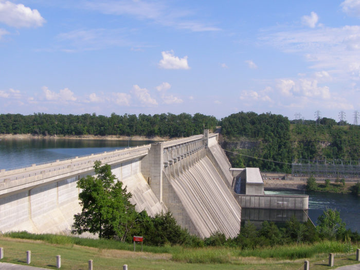 9. Bull Shoals Dam (Bull Shoals)