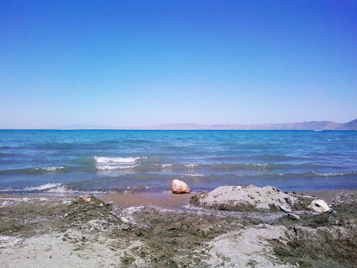 The intense aquamarine color of the lake is caused by the lake's high mineral content.