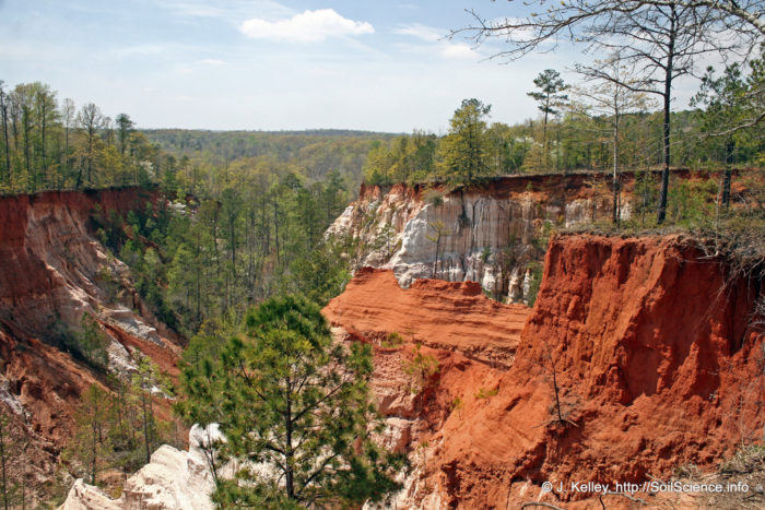 3. Providence Canyon State Park: Backcountry Trail—7-mile loop