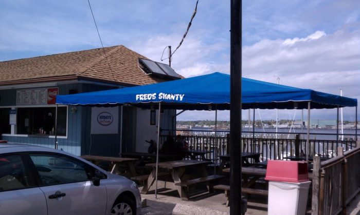 2. Fred's Shanty (New London)