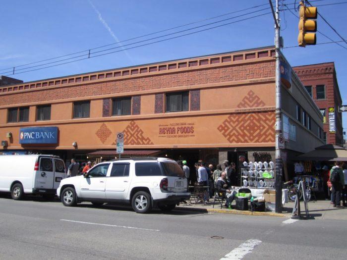 6. Reyna's Taco Shack/Reyna Foods – 2023 Penn Avenue