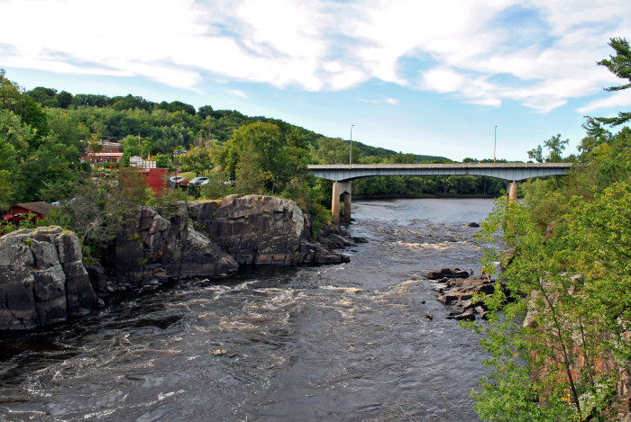 6. And another St. Croix town, Taylors Falls also has stunning roadside views, especially when you're crossing the bridge between MN and Wisconsin.