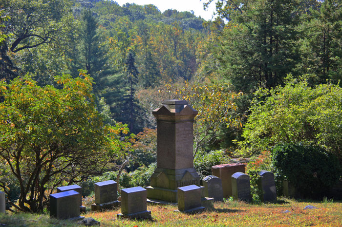 5. Sleepy Hollow Cemetery - Sleepy Hollow