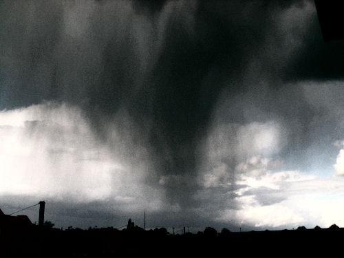 7.  Beware of dramatic meteorologists.