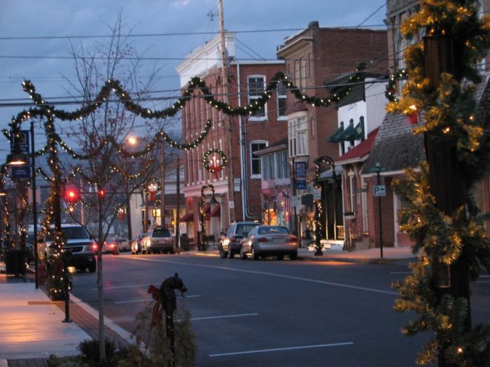Historic downtown Bedford exudes charm with its quaint storefronts and sidewalks that are perfect for a leisurely stroll.