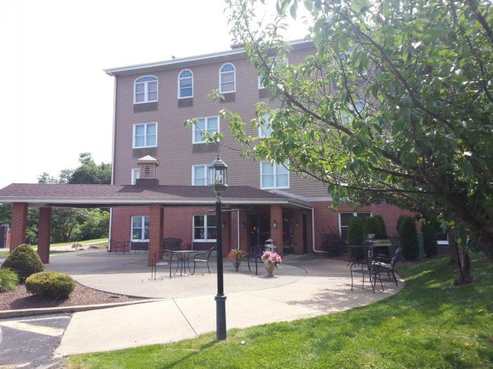 7. Inn at Mountainview